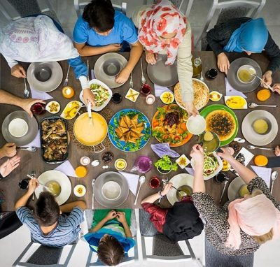 5 stress-free gathering tips to get you ready for Iftar